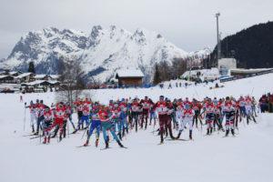 Gruppenbild der Teilnehmer am Nordic Weekend in der Olympiaregion Seefeld