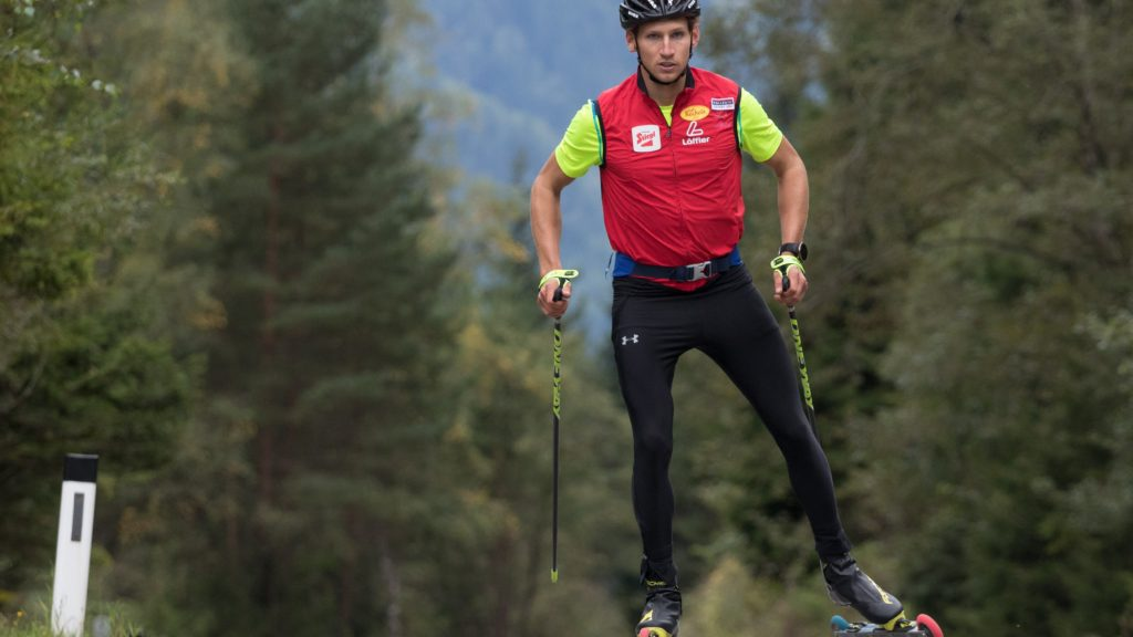 David Pommer auf der Skirollerstrecke in der Olympiaregion Seefeld