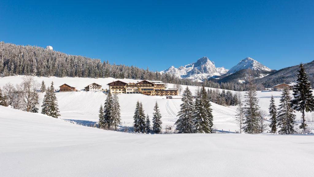 Hotel ...mein Neubergerhof im Winter