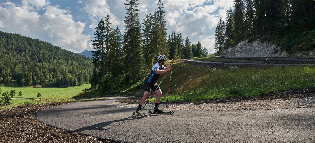 Skiroller: Sommer-Training in den Cross Country Ski Holidays Regionen - news