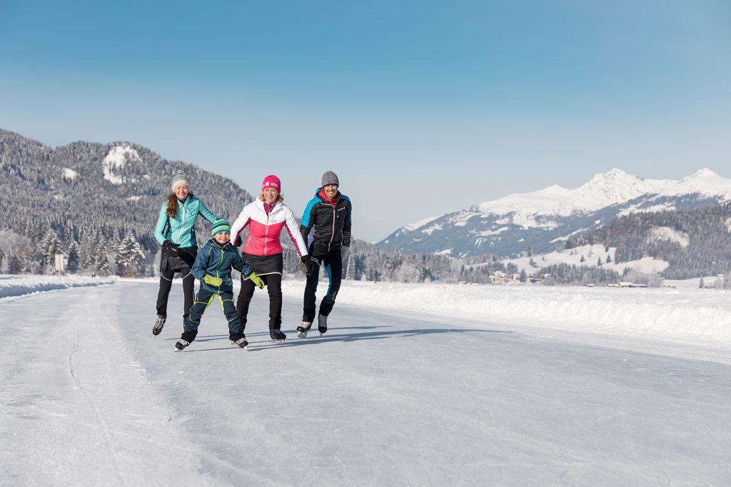 Eislaufen am Weissensee ©Martin Steinthaler